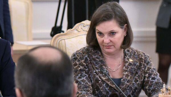 Виктория Нуланд во время встречи в Москве