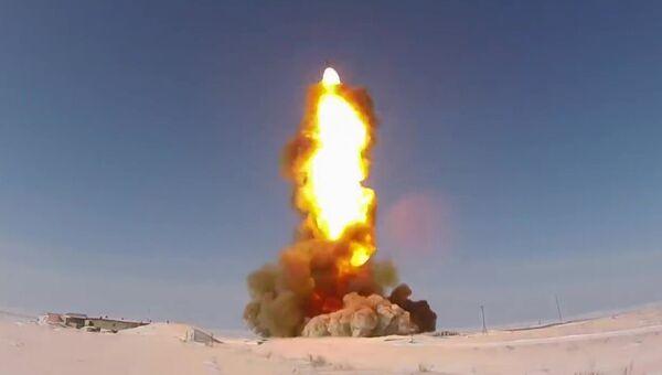 Испытательный пуск модернизированной ракеты российской системы ПРО