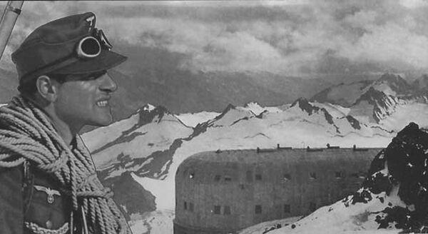 Немецкие горные стрелки на приюте одиннадцати. 1942 год