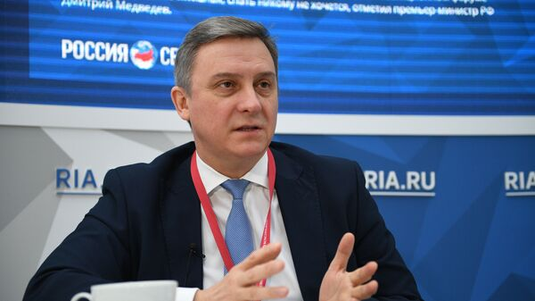 Руководитель Федерального агентства связи Олег Духовницкий