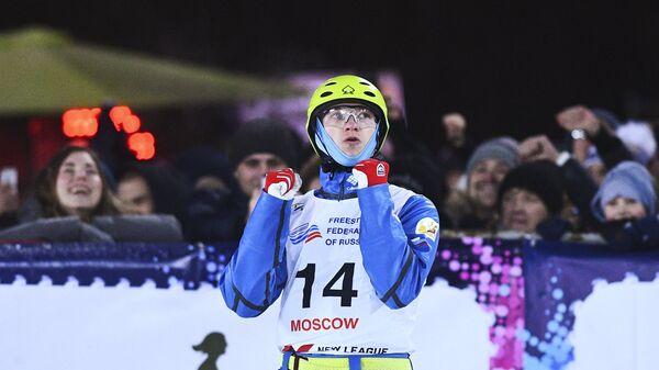Илья Буров на соревнованиях по лыжной акробатике в рамках этапа Кубка мира по фристайлу