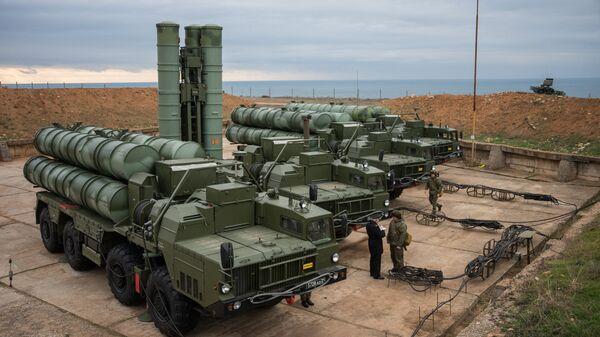 Комплекс ПВО С-400 Триумф заступил на охрану российских воздушных границ в Севастополе