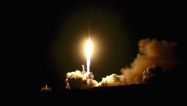 Запуск ракеты в Калифорнии, США