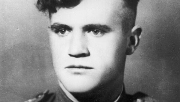 Дважды Герой Советского Союза летчик Николай Дмитриевич Гулаев