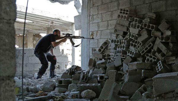 Боевик из группировки Файлак-ар-Рахман в Восточной Гуте, Сирия