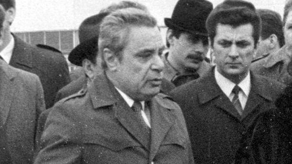Конструктор Автоваза Георгий Мирзоев. 1 апреля 1986