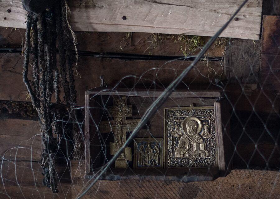Иконы в доме Агафьи Лыковой