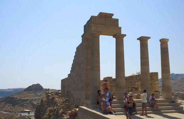 Акрополь в городе Линдос на острове Родос, архивное фото