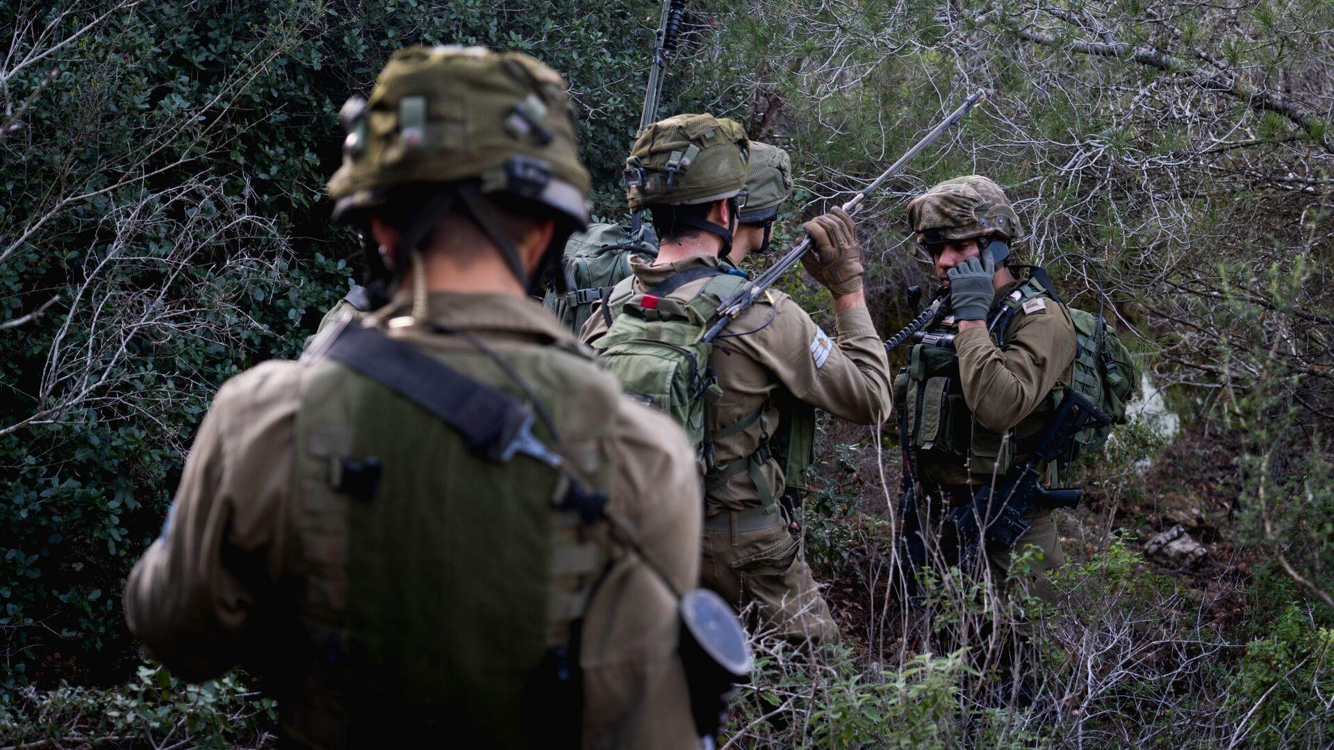 Солдаты армии Израиля на учениях - РИА Новости, 1920, 04.08.2021