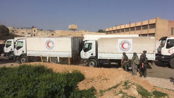Гуманитарный конвой Красного полумесяца. Архивное фото