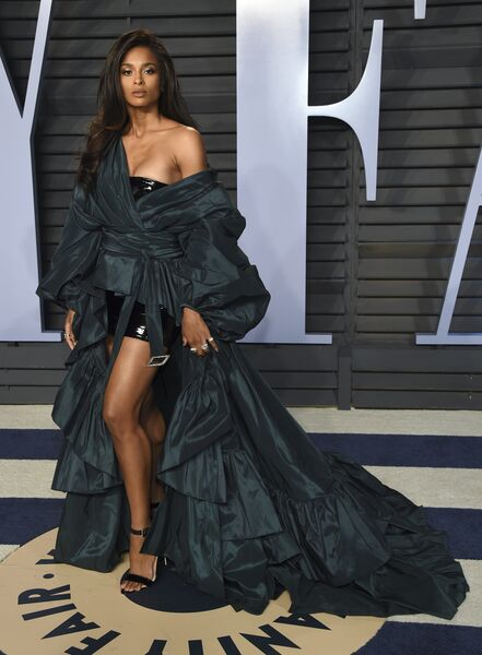 Американская певица Сиара перед церемонией вручения премии Оскар-2018