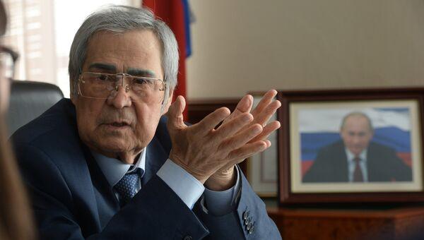 Аман Тулеев. Архивное фото