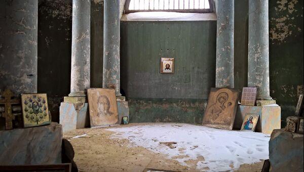Церковь Спаса Нерукотворного Образа в селе Аксиньино Веневского района Тульской области
