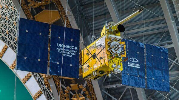 Полноразмерный макет космического аппарата «Глонасс-К» российской глобальной навигационной системы ГЛОНАСС