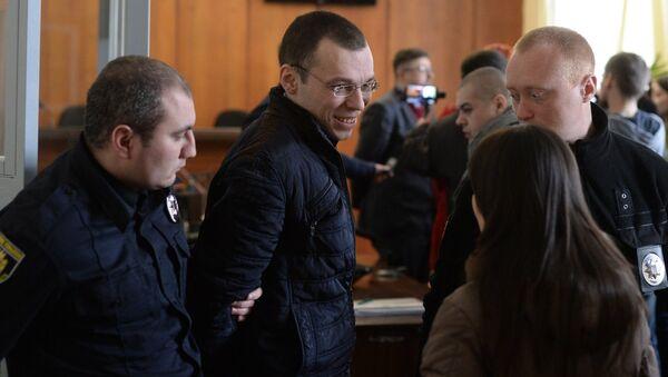 Журналист Василий Муравицкий перед заседанием суда в Житомире