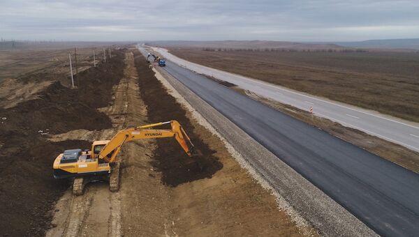 Строительные работы на автоподходе к Крымскому мосту