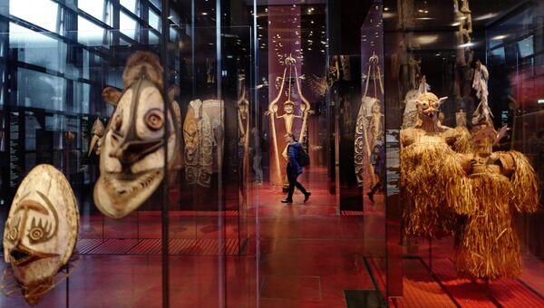 Коллекция музея на набережной Бранли в Париже. 15 марта 2018