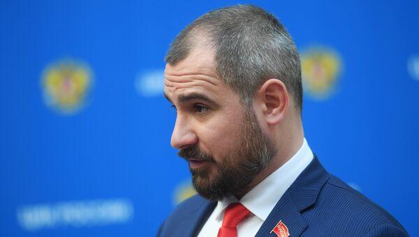 Максим Сурайкин. Архивное фото