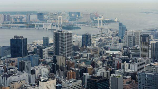 Район Минато и Радужный мост в Токио. Архивное фото