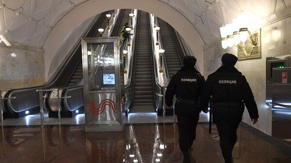 Станция метро Спортивная Сокольнической линии