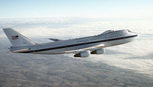 Самолет E-4B. Архивное фото