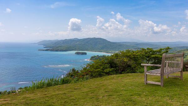 Карибский пляж на северном побережье Ямайки. Архивное фото.