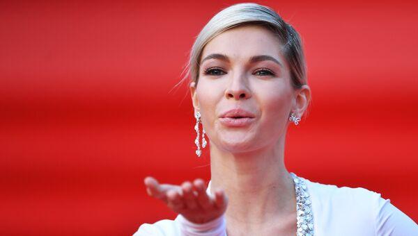 Актриса Наталья Бардо на церемонии открытия 40-го Московского международного кинофестиваля (ММКФ)