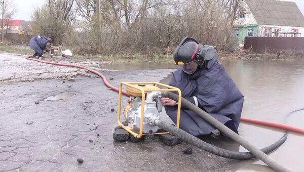 Ликвидация паводка на территории Воронежской области. 19 апреля 2018