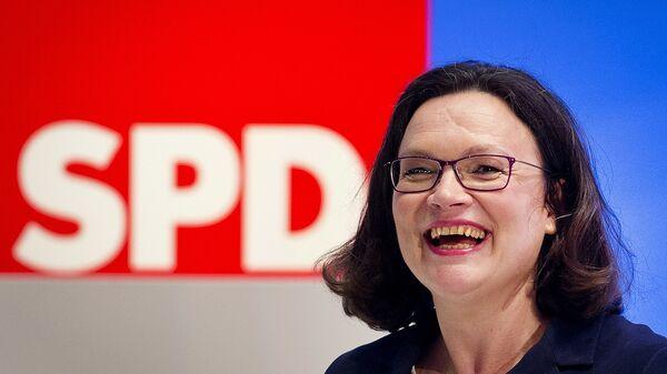 Андреа Налес на партийной встрече немецких социал-демократов в Германии. 22 апреля 2018