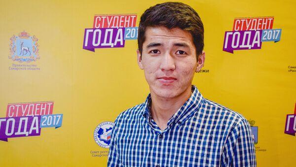 От случайного зрителя до координатора волонтеров: путь Манаса Тлеккалиева