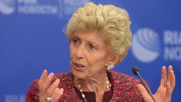 Постоянный секретарь Французской академии Элен Каррер д'Анкосс