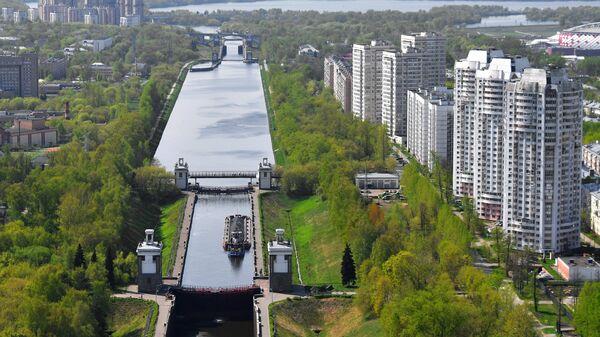 Вид на канал имени Москвы