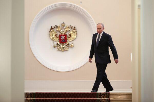 Избранный президент РФ Владимир Путин во время церемонии инаугурации в Кремль. 7 мая 2018