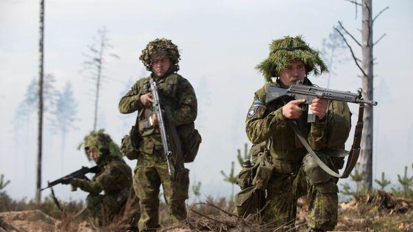 Эстонские военные на учениях