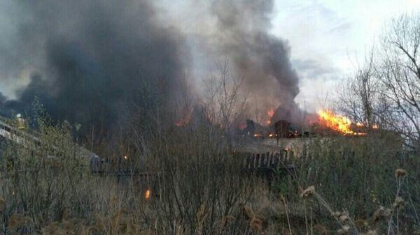 Пожар в цеху по производству бумаги в городе Арамиль Свердловской области. 8 мая 2018