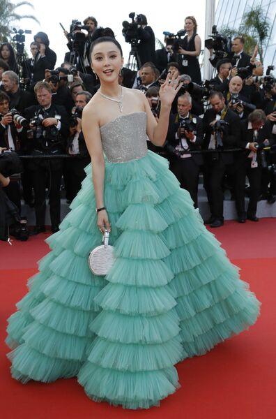 Актриса Фань Бинбин на красной дорожке церемонии открытия 71-го Каннского международного кинофестиваля