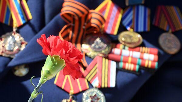 Китель с медалями ветерана Великой Отечественной войны