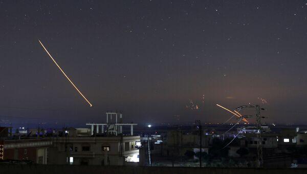 Ракетный огонь на городом Даръа в Сирии. 10 мая 2018