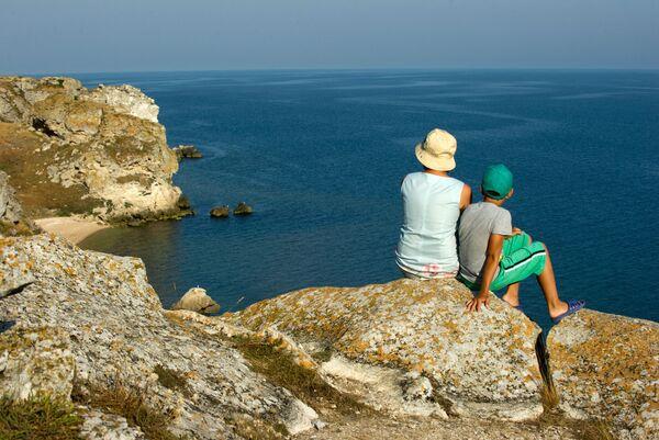 Генеральские пляжи на Азовском море в Крыму