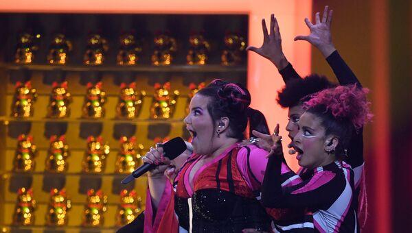 Участница из Израиля Нетта Барзилай в финале конкурса Евровидение. 12 мая 2018