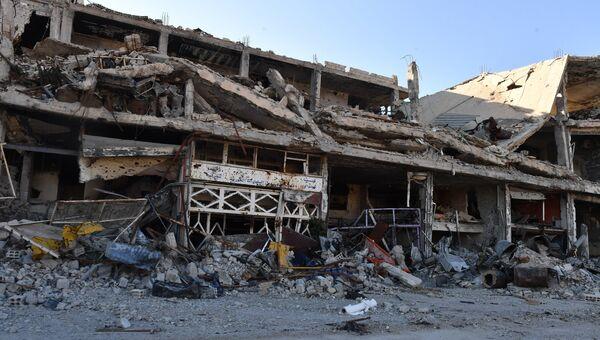 Разрушенные строения в районе бывшего лагеря палестинских беженцев Ярмук в южном пригороде Дамаска. Архивное фото