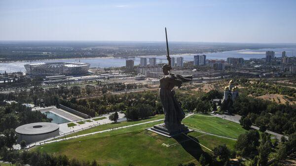 Монумент Родина-мать зовет! в Волгограде