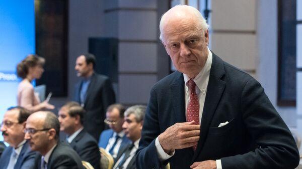 Специальный посланник генерального секретаря ООН по Сирии Стаффан де Мистура перед началом переговоров по сирийскому урегулированию