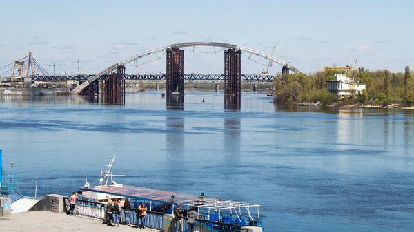 Подольский мостовой переход в Киеве
