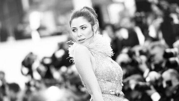 Актриса Даниэлла Рам на красной дорожке фильма Девушки солнца (Les filles du soleil) в рамках 71-го Каннского международного фестиваля