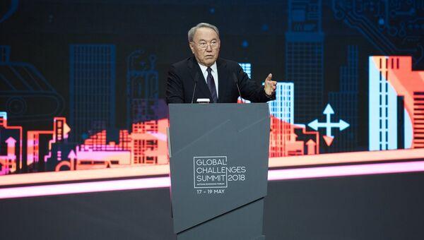 Президент Казахстана Нурсултан Назарбаев выступает на Астанинском экономическом форуме-2018