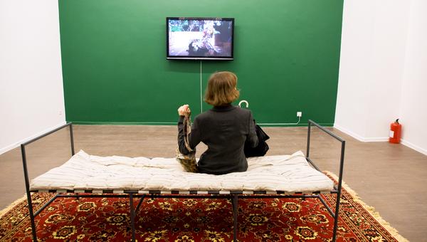 В Московском музее современного искусства волонтеры устроили дэнс-перфоманс