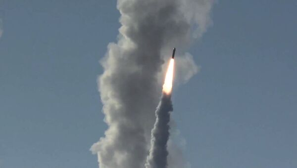 Запуск ракеты Булава. Архивное фото
