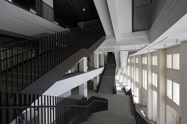 Межэтажные лестницы на Большой спортивной арене Лужники в Москве