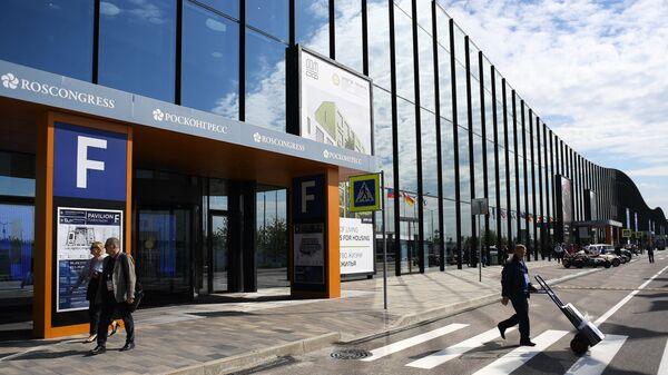Конгрессно-выставочный центр Экспофорум накануне открытия Санкт-Петербургского международного экономического форума